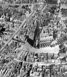 Freiburg 1944_b&w